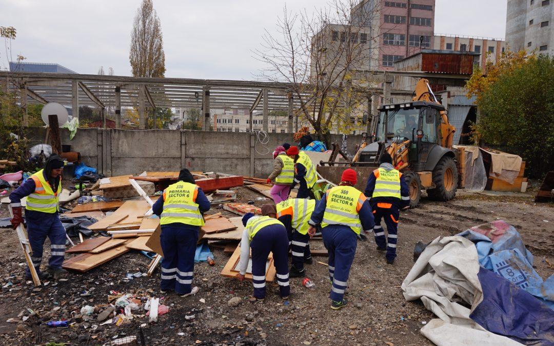 Amplă acţiune de salubrizare şi dezafectare a adăposturilor improvizate în apropierea  Str. Liniei