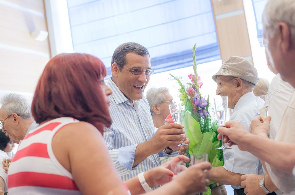 Premii de fidelitate la 50 de ani de căsătorie pentru 32 de cupluri din Sectorul 6