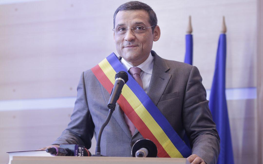 Primarul ales al Sectorului 6, Gabriel Mutu, a fost învestit în funcţie