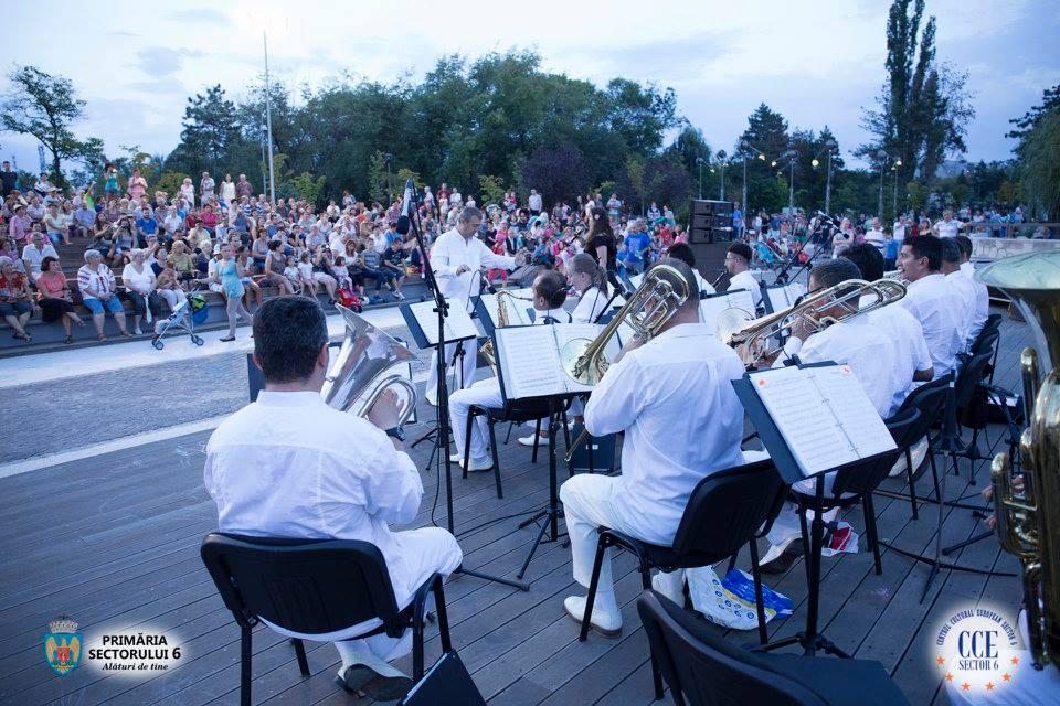 Orchestra Angely's susţine ultimul concert  din Stagiunea Muzicală în Aer Liber 2016, în Parcul Drumul Taberei