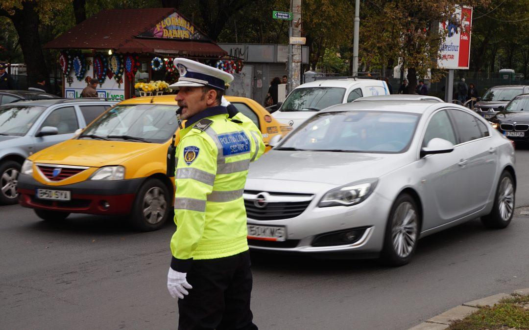 Poliţiştii locali Sector 6 intervin pentru fluidizarea circulaţiei în intersecţiile aglomerate