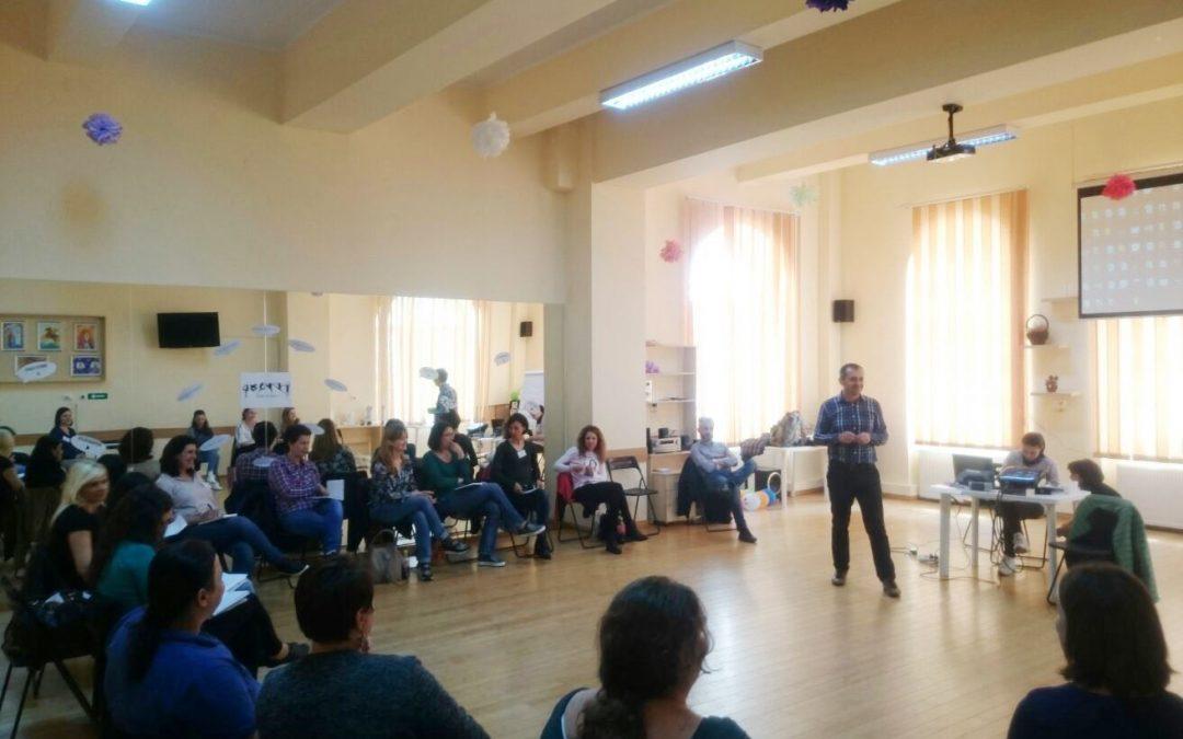 Asistenţii sociali din Sectorul 6 învaţă de la specialiştii Poliţiei Române tehnici de negociere şi dezamorsare a conflictelor