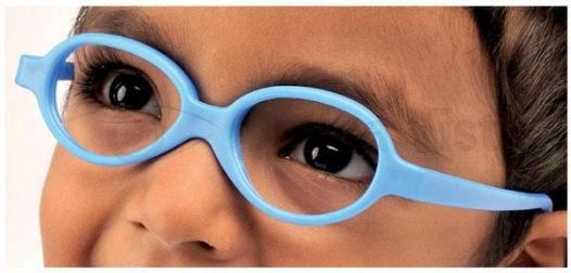 31 de copii din familii defavorizate se vor bucura de întâlnirea cu Moș Crăciun și de o nouă pereche de ochelari de vedere