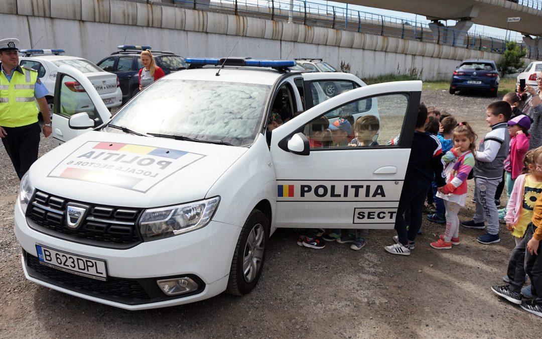 Copiii de la Grădiniţa nr. 83 au vizitat sediul Poliţiei Locale Sector 6