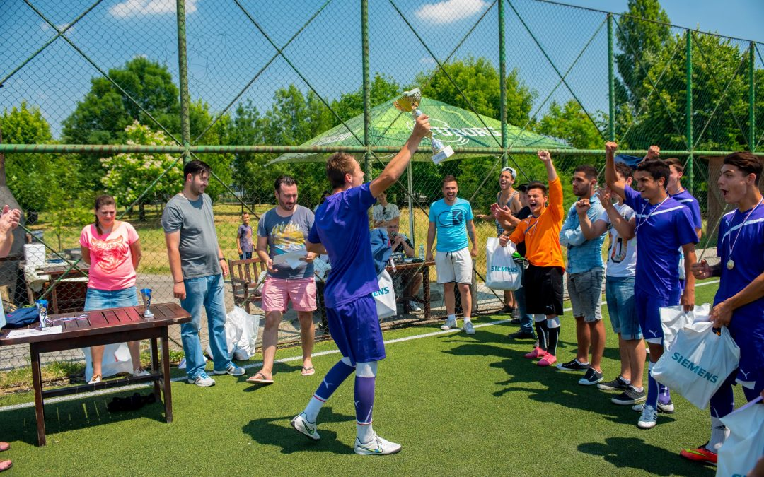 Competiţie de fotbal pentru copii şi adolescenţi în Sectorul 6