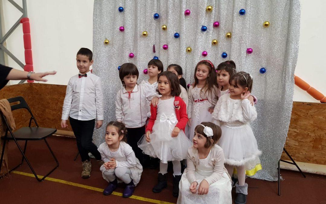 Petrecere organizată de copiii din Sectorul 6 în cinstea lui Moş Crăciun