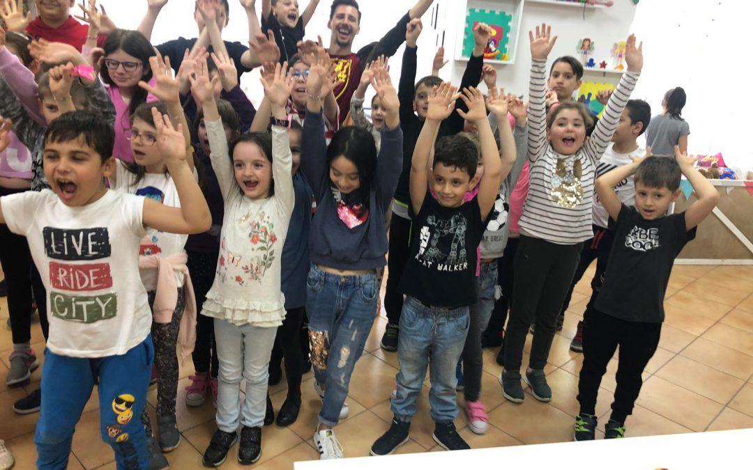 În Sectorul 6, copiii învață despre caritate și reciclare