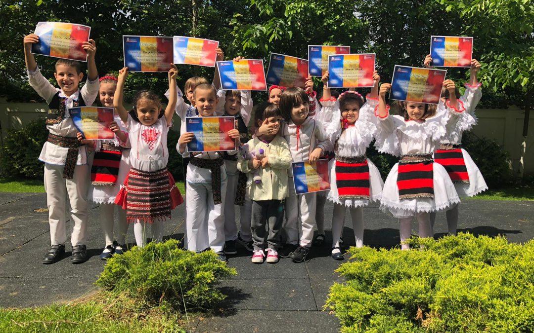 Copiii din Sectorul 6 dansează de Ziua Europei