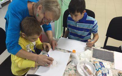 Activități inedite organizate de beneficiarii magazinelor caritabile SocialXChange