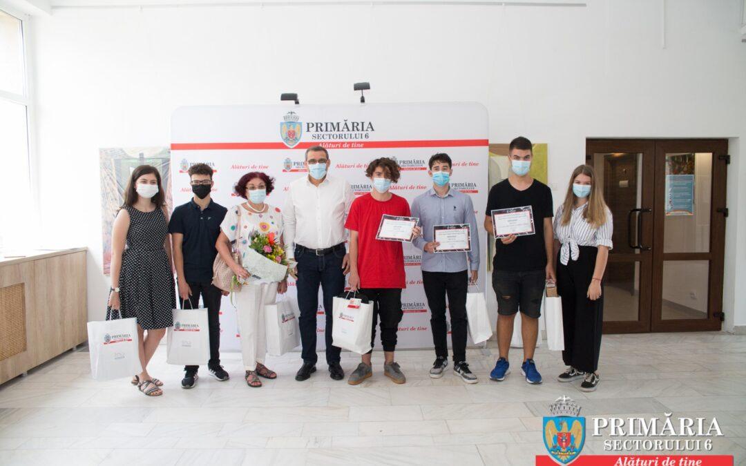 """Elevii Colegiului  Național """"Grigore Moisil"""" premiați"""