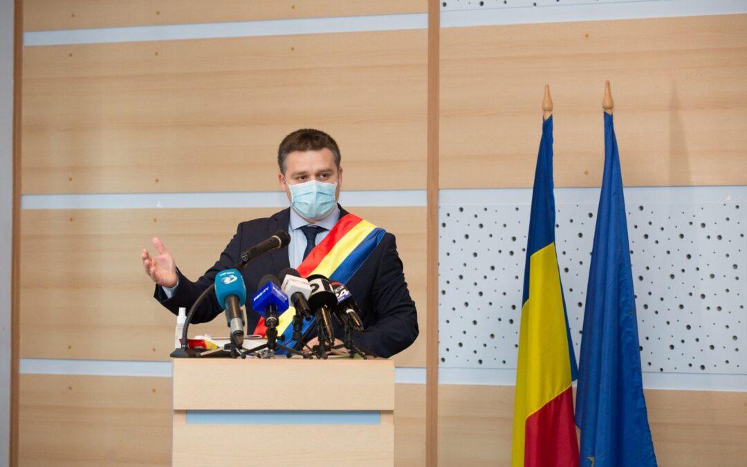 Primarul ales al Sectorului 6 a fost învestit în funcţie