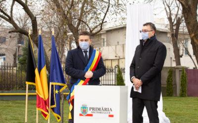 Primăria Sectorului 6 aduce un omagiu jurnalistului belgian Danny Huwé