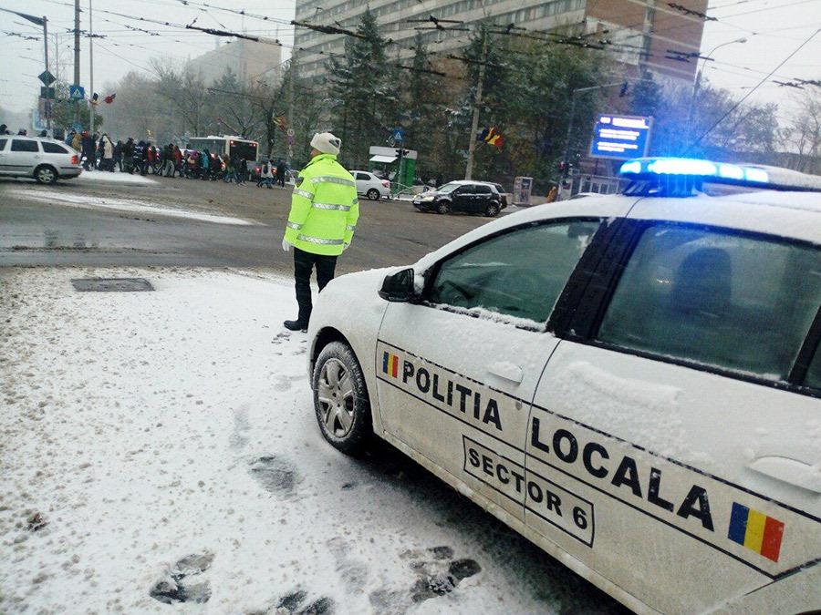 Poliția Locală Sector 6 intervine pentru combaterea efectelor ninsorii