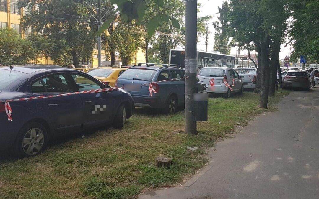 Sancțiuni aplicate conducătorilor auto care staționează pe spațiul verde